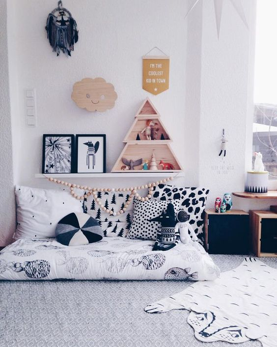 24-floor-play-space-with-cushions-and-various-toys