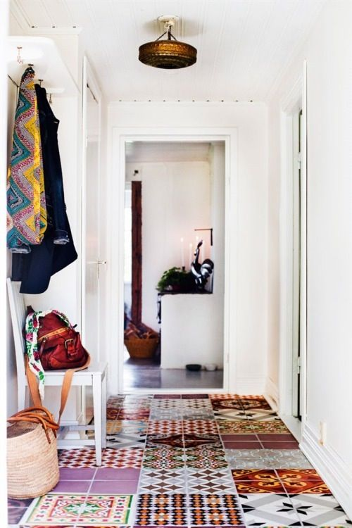 25-patchwork-tile-floor-for-an-entryway-to-set-a-mood