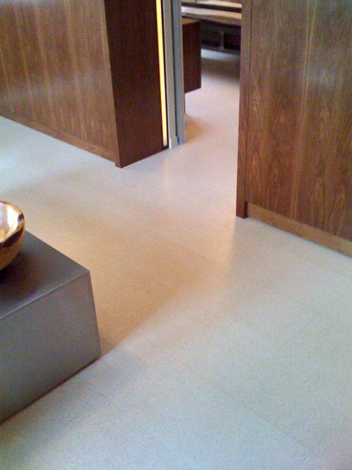 27-luxurious-white-cork-floor-tiles