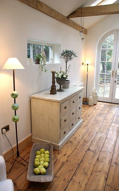 31-wide-plank-bamboo-floors-for-a-rustic-entry