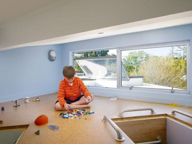 32-cork-flooring-in-a-kids-playroom-keeps-it-clean
