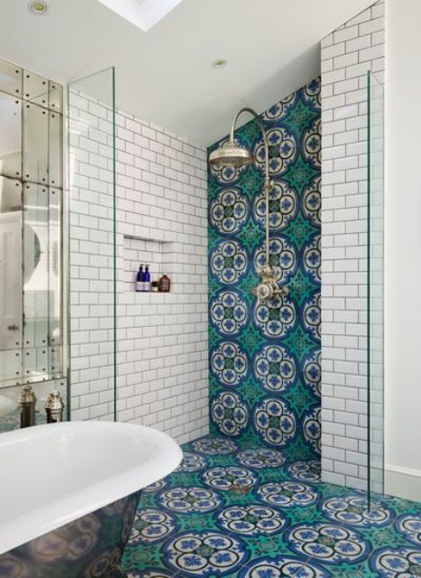 36-Moroccan-tiles-along-the-floor-and-shower