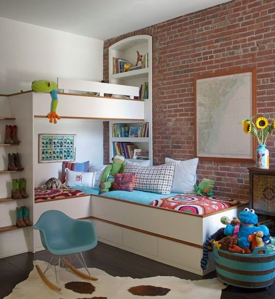 07-brick-walls-bring-personality-to-this-kids-room