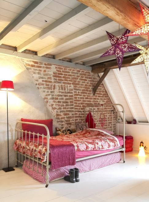 22-attic-girls-space-with-a-part-brick-wall-that-makes-a-statement