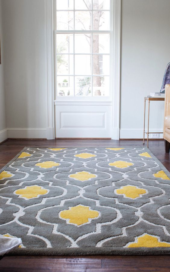 27-grey-and-yellow-rug-can-help-you-rock-these-colors-in-a-living-room