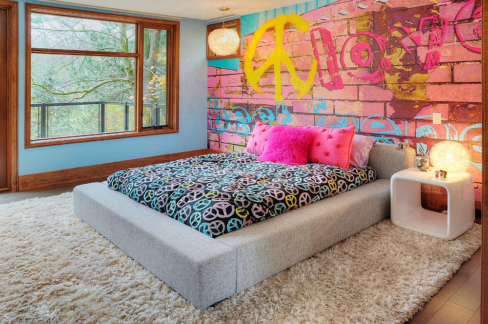 30-brick-wall-mural-with-a-graffiti-is-great-for-a-teen-girls-room