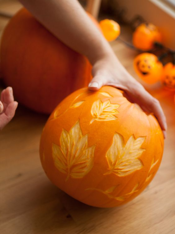 34-leaf-pumpkin-create-with-a-lino-cutter-is-a-cool-fall-home-decoration