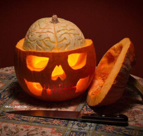 36-pumpkin-skull-with-an-exposed-squash-brain