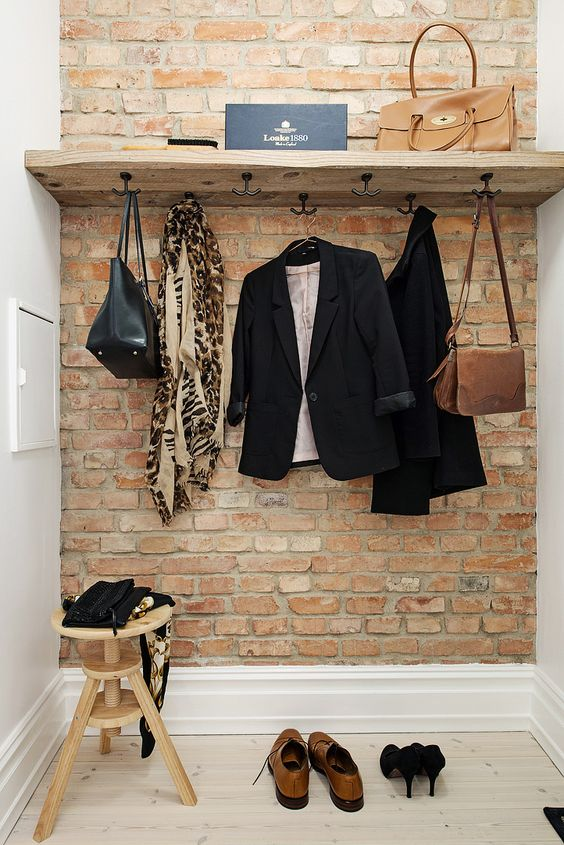 05-simple-small-entryway-is-given-style-with-a-brick-veneer-wall-that-can-be-installed-without-much-fuss