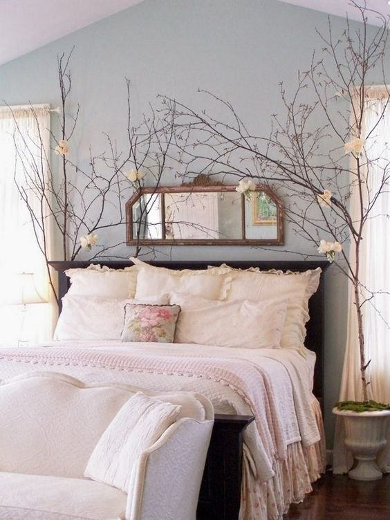07-blush-bedding-with-fluffy-pillows-look-inviting