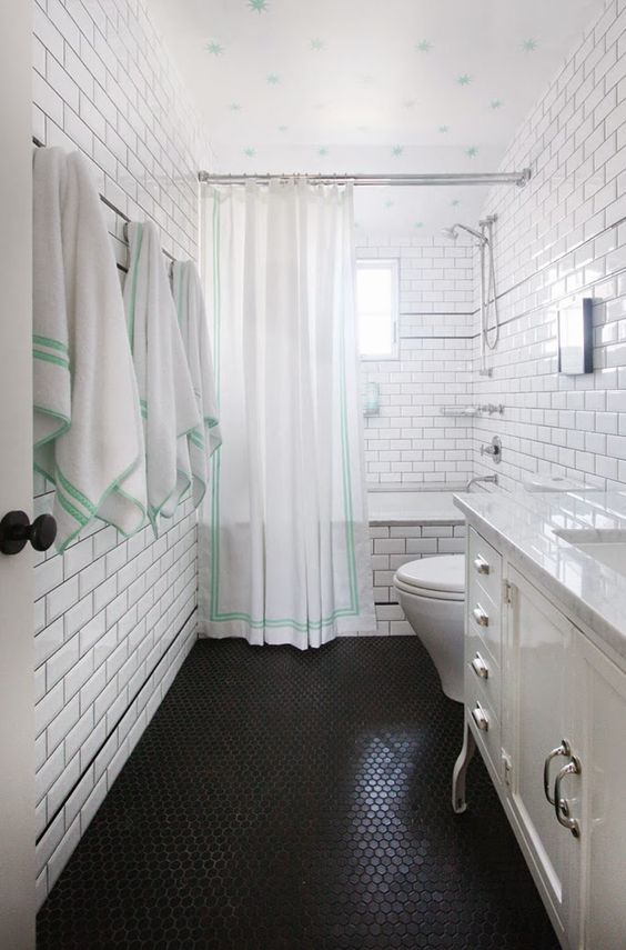 10-penny-tile-floors-can-create-an-eye-catching-texture-to-spruce-up-even-the-simplest-decor
