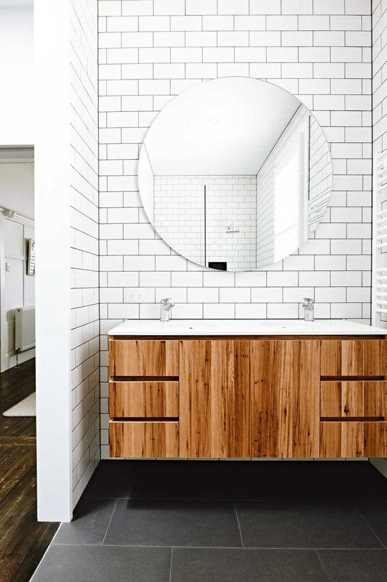 11-white-subway-tiles-in-the-sink-area