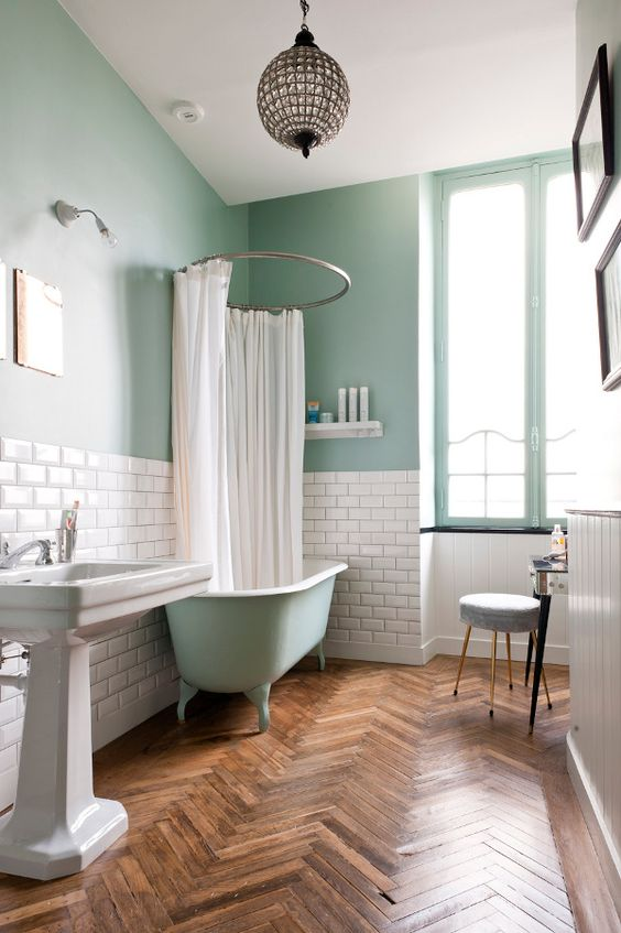 14-subway-tiles-used-for-a-backsplash-in-the-bathroom
