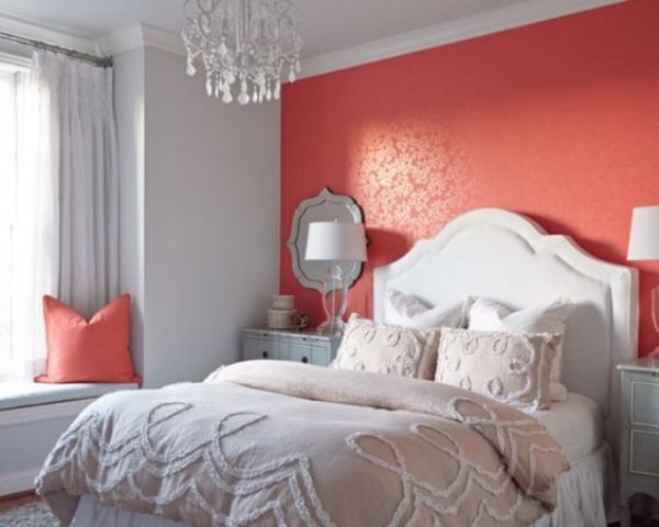 15-a-coral-accent-wall-will-add-a-bit-of-passion-to-your-bedroom