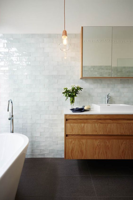 15-very-pale-aqua-tiles-for-creating-a-relaxing-serene-bathroom-look