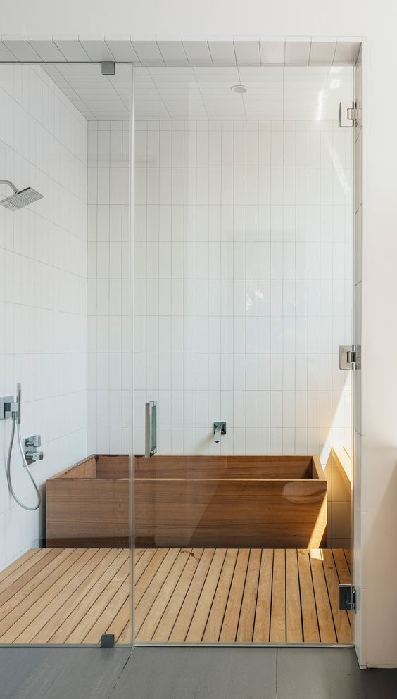 18-Japanese-ofuro-bathtub-and-shower-floor-clad-with-wood