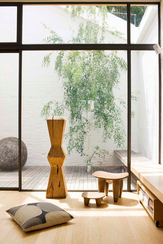 20-wooden-floors-furniture-and-accessories-are-right-what-you-need-for-a-Japanese-living-room
