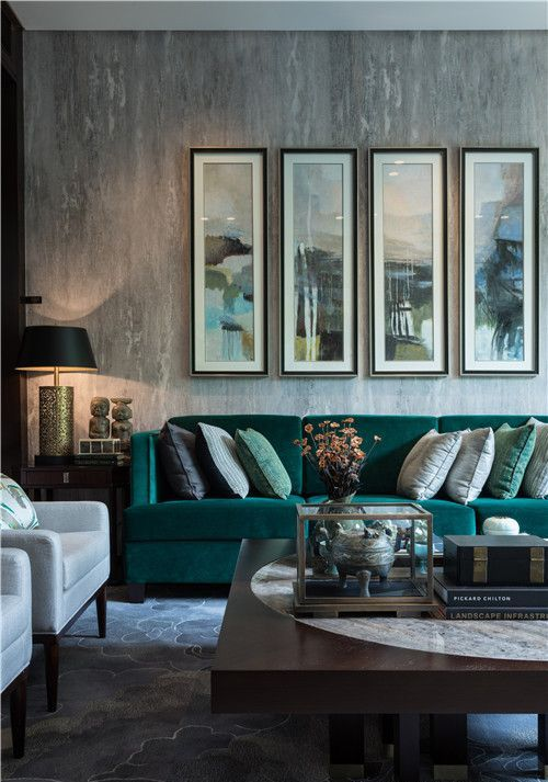 27-stylish-grey-living-room-with-textural-touches-and-an-emerald-sofa