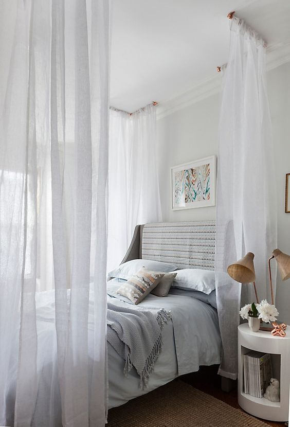 28-dreamy-canopy-over-the-bed-looks-very-romantic