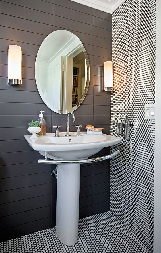28-white-penny-tiles-with-black-grout-for-an-accent