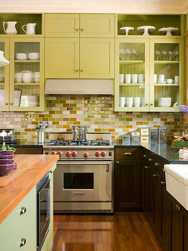 36-you-may-use-various-colors-of-subway-tiles-to-make-the-backsplash-more-eye-catchy