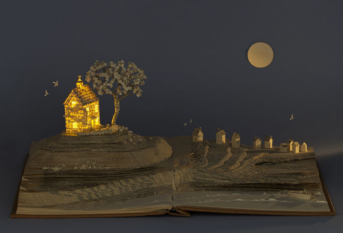 illuminated-book-sculpture-su-blackwell-11-57ee498b0a054__700