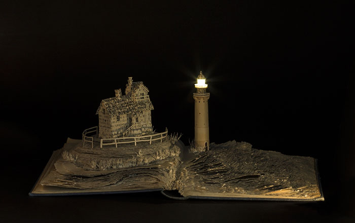 illuminated-book-sculpture-su-blackwell-12-57ee498c8d080__700