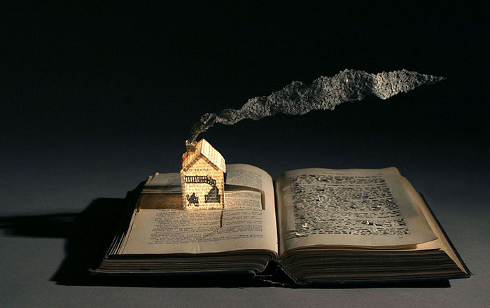 illuminated-book-sculpture-su-blackwell-38-57ee49d14530c__700