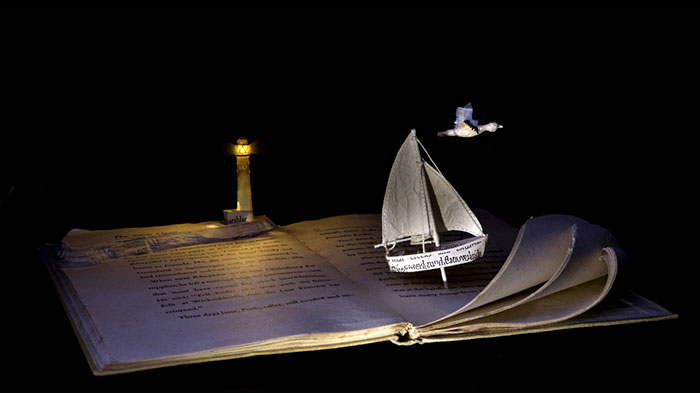 illuminated-book-sculpture-su-blackwell-4-57ee497e12a4f__700