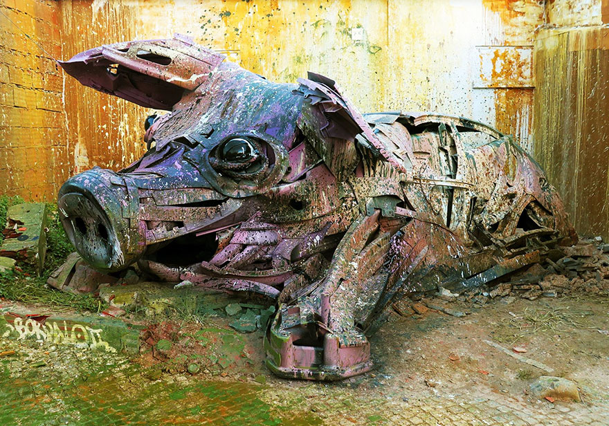 trash-animal-sculpture-artur-bordalo-18-57ea1bcea22a4__880