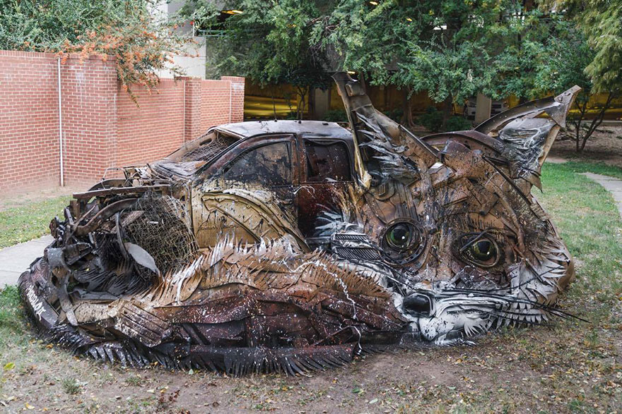 trash-animal-sculpture-artur-bordalo-6-57ea1bad5d03a__880