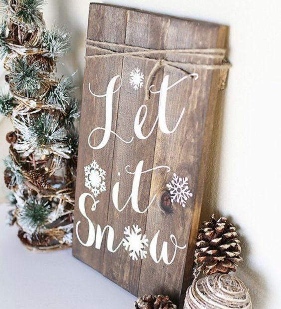 03-calligraphy-wooden-sign-with-snowflakes