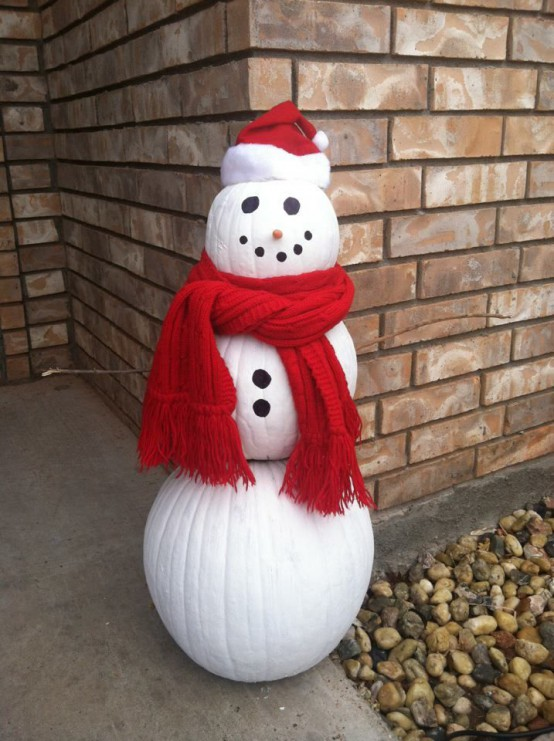 05-make-your-own-snowman-of-nig-pumpkins-paints-a-scarf-and-a-beanie