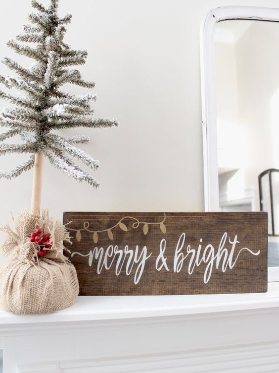 06-Christmas-wood-stain-sign-is-easy-to-make-yourself