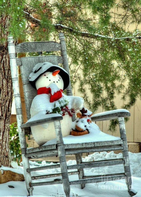 07-place-a-toy-snowman-on-your-front-porch-or-in-the-garden