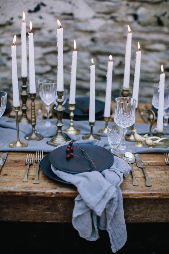 08-moody-winter-tablescape-in-grey-and-black-gilded-candle-holder-add-a-refined-touch