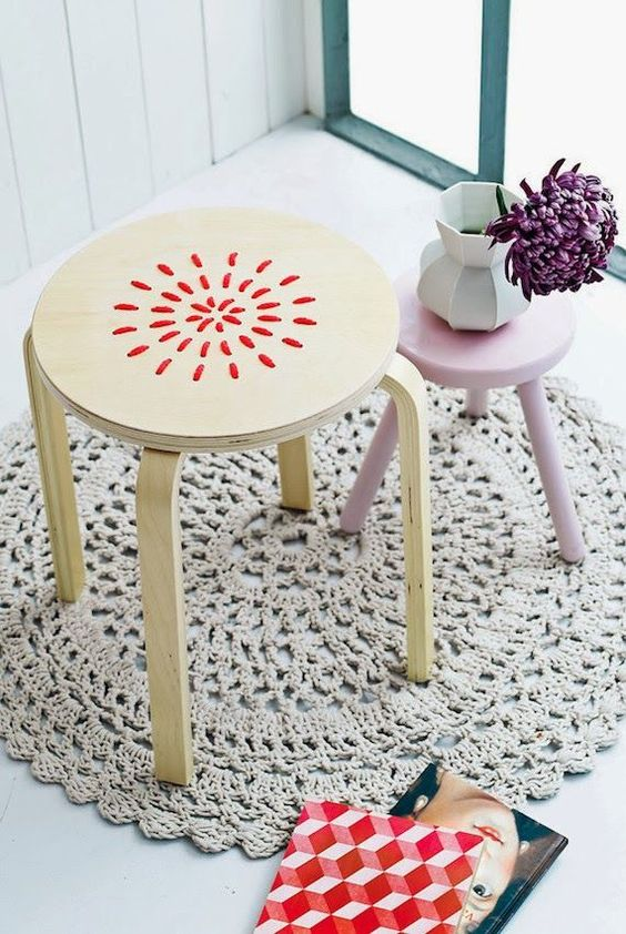 09-embroidered-stool-with-red-yarn