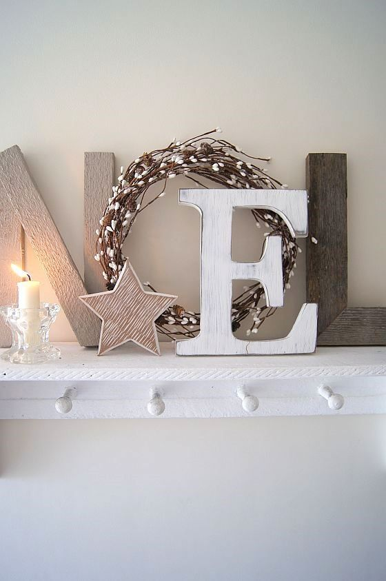 11-neutral-Christmas-mantel-with-letters-a-candle-and-a-star