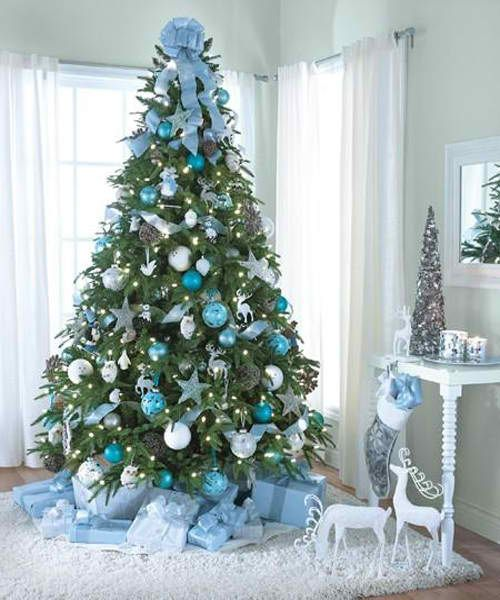 12-light-blue-and-white-Christmas-tree-decor