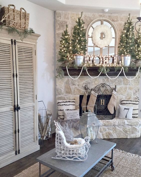 13-neutral-mantel-with-a-marquee-and-lit-up-trees