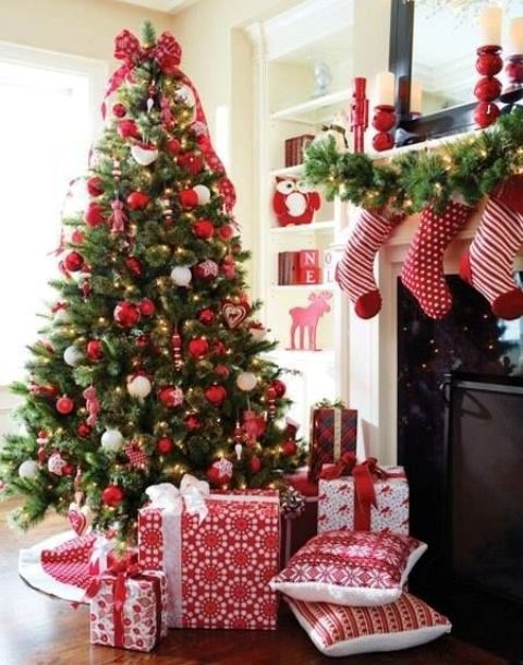 16-red-and-white-ornaments-gifts-and-stockings