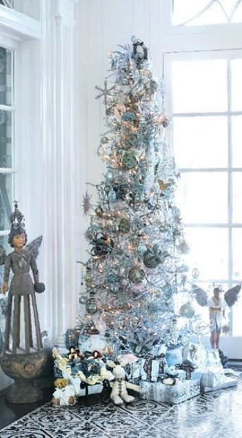 17-a-silver-tree-with-metallic-ornaments