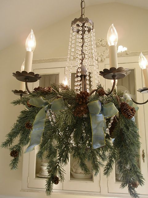 18-fir-branches-green-ribbon-and-pinecones