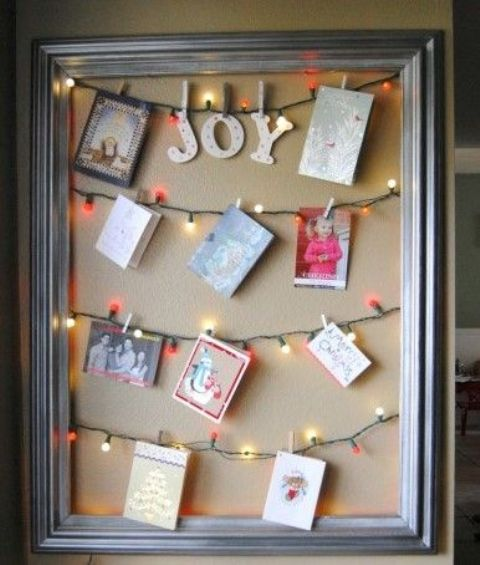 19-hang-the-cards-right-on-the-light-garlands-in-a-frame