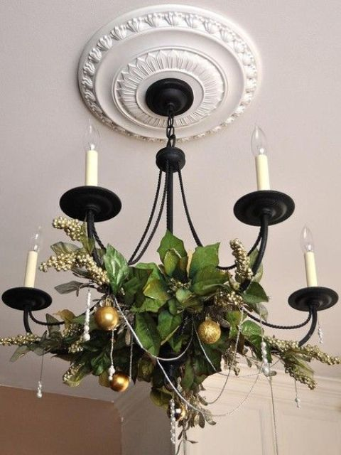 21-berries-and-leaves-gold-ornaments-for-chandelier-decor