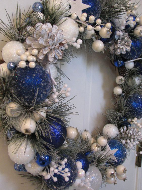 21-this-royal-blue-and-white-wreath-seems-to-be-frozen-and-snowy