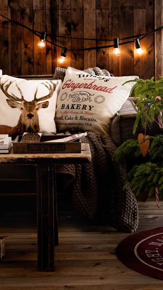 22-moody-rustic-Christmas-decor-with-industrial-touches