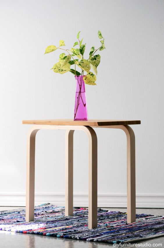 23-easy-IKEA-hack-made-with-Frosta-stool-legs-and-Aptitlig-chopping-board