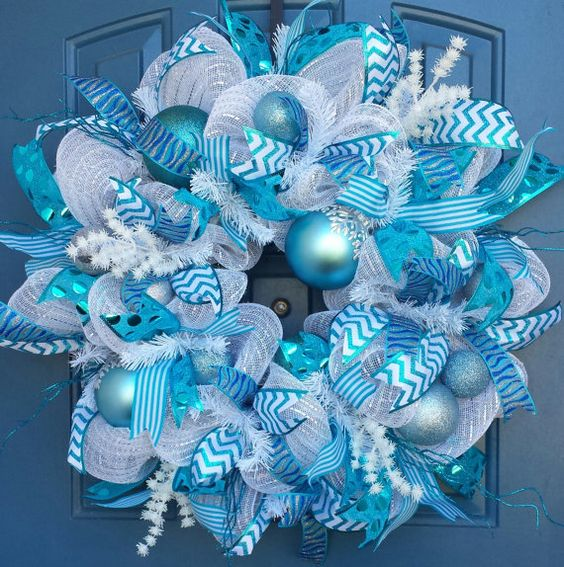 23-white-and-blue-deco-mesh-ribbon-wreath-with-ornaments