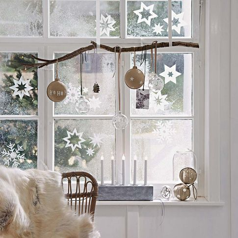 25-hang-a-branch-and-ornaments-of-various-kinds-on-it-and-add-paper-snowflakes